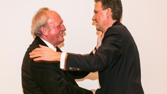 Schmitz zum Ehrenvorsitzer der Kaufmannsgilde ernannt